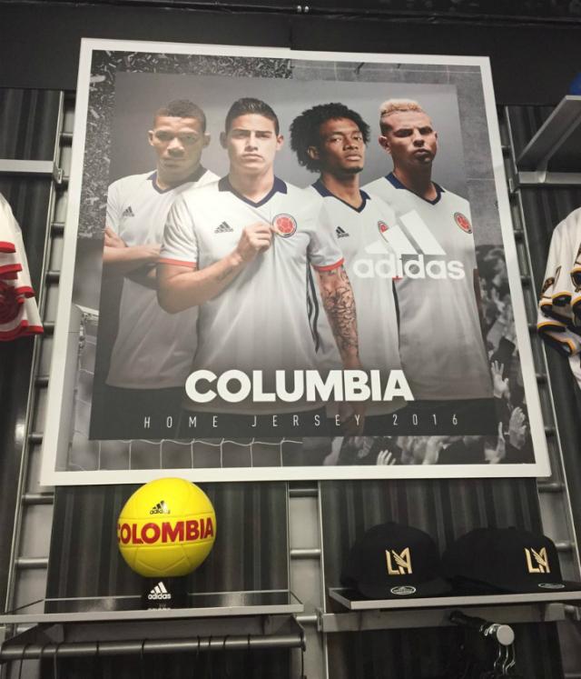 Adidas Columbia